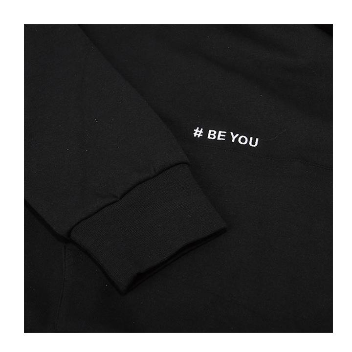 【DADA】男子側邊#BE YOU字母串標連帽長T-黑