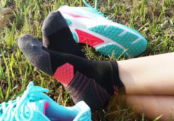 足弓壓縮慢跑襪,緩衝避震A++